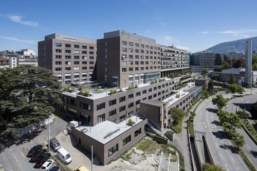 Centre médical Universitaire, Étapes 5 & 6